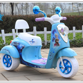 Frozen Scooter for kids with music, lights, USB plug and stickers of Elsa and Anna